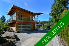 New Waterfront Home + Suite & Dock in Halfmoon Bay For Sale